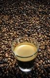 Kaffe på kaffe. Arkivbilder