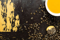 Kaffe på trä Arkivfoto