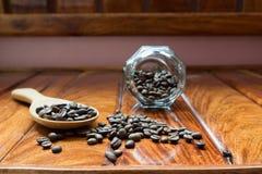 Kaffe som jag kärnar ur royaltyfri foto