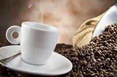 Kaffe som smocking Royaltyfri Foto