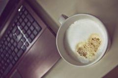 Kaffeavbrott i regeringsställning Arkivbild