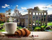 Kaffeavbrott i Roman Forum arkivbilder