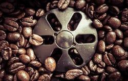 Kaffeböna - koffein arkivbilder
