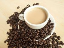 Kaffebönor och kaffe rånar Royaltyfria Foton