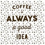 Kaffebönor på vitt skriftligt citationsteckenkaffe I för bakgrund och för hand Royaltyfri Foto