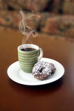kaffedonuts Royaltyfria Bilder