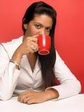 kaffedrinkkvinna Fotografering för Bildbyråer
