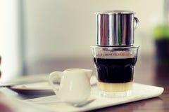 Kaffedroppandevietnamesen Royaltyfria Foton