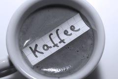 Kaffee词用咖啡的德语用英语 库存照片