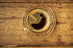 Kaffee auf hölzernem Stockbilder
