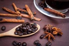 Kaffee auf hölzernem Hintergrund des Schmutzes Stockfoto