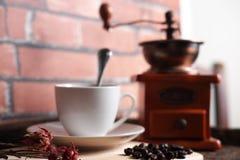 Kaffee bearbeitet Retro- maschinell Stockfotografie