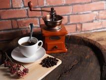 Kaffee bearbeitet Retro- maschinell Stockbilder