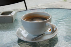 Kaffee in der Schale Lizenzfreie Stockfotos