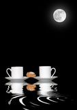 Kaffee durch Moonlight Stockfotos