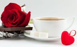 Kaffee, Herz und stieg Lizenzfreie Stockfotos