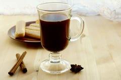 Kaffee im Glas stockfotografie