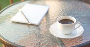 Kaffee im Morgen Lizenzfreie Stockfotos