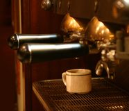 Kaffee-Maschine Lizenzfreie Stockfotos