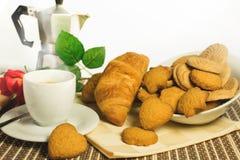 Kaffee mit Keksen Stockfotos