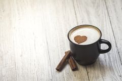 Kaffee mit Liebe stockfotos