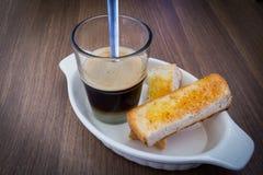 Kaffee mit Toast Stockbilder