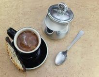 Kaffee mit Zucker und Sahne Lizenzfreie Stockfotografie