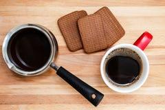 Kaffee in Schalen Lizenzfreie Stockfotografie