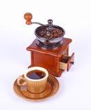 Kaffee-Schleifer und Kaffee Lizenzfreie Stockfotos