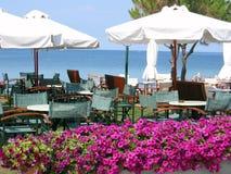 Kaffee am Strand Stockfoto