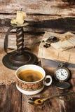 Kaffee und alte Sachen Lizenzfreie Stockfotografie