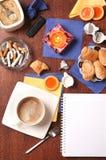 Kaffee und andere Freuden Stockbilder