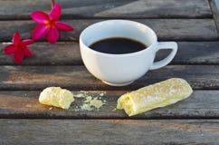 Kaffee und Brot Stockfotos