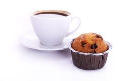 Kaffee und Muffin lizenzfreie stockbilder