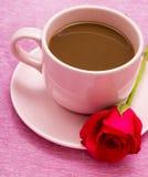 Kaffee und Rose Means Caffeine Beverage And-Decaf lizenzfreies stockfoto