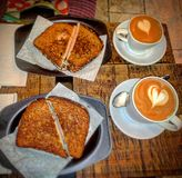 Kaffee und Sandwich Lizenzfreies Stockfoto