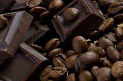 Kaffee und Schokolade Stockfotos