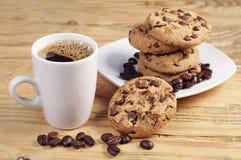 Kaffee- und Schokoladenplätzchen Stockfotos