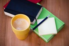 Kaffee und tun Lizenzfreie Stockbilder