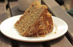 Kaffee-und Walnuss-Kuchen Stockbild