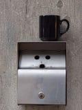 Kaffee- und Zigarettenbruch Stockbilder