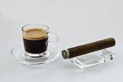 Kaffee und Zigarren Lizenzfreie Stockfotografie
