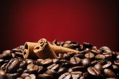Kaffee und Zimt Lizenzfreies Stockbild