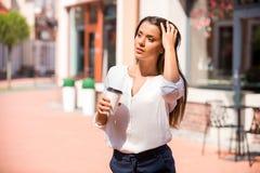 Kaffee unterwegs Lizenzfreies Stockbild