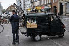 KAFFEE-VERKÄUFER Stockfotografie