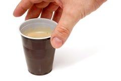 Kaffee von einem Verkaufäutomaten. Stockfotografie