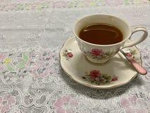 Kaffee, Weinlese stieg Kaffeetasse, lizenzfreie stockfotografie