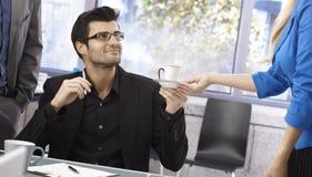 Kaffee zum Chef stockfotos