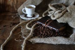 Kaffeebohne-Seilbuch Stockbild