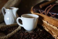 Kaffeebohne-Seilbuch Stockfotografie